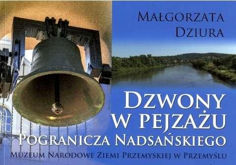 Dzwony_w_pejzazu_Pogranicza_Nadsanskiego
